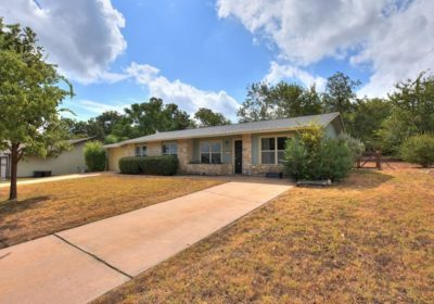 NEW LISTING: Mid-Century in Old Town
